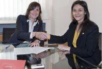 Firma convenio Graduados Sociales