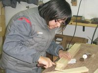 Alumna de carpintería